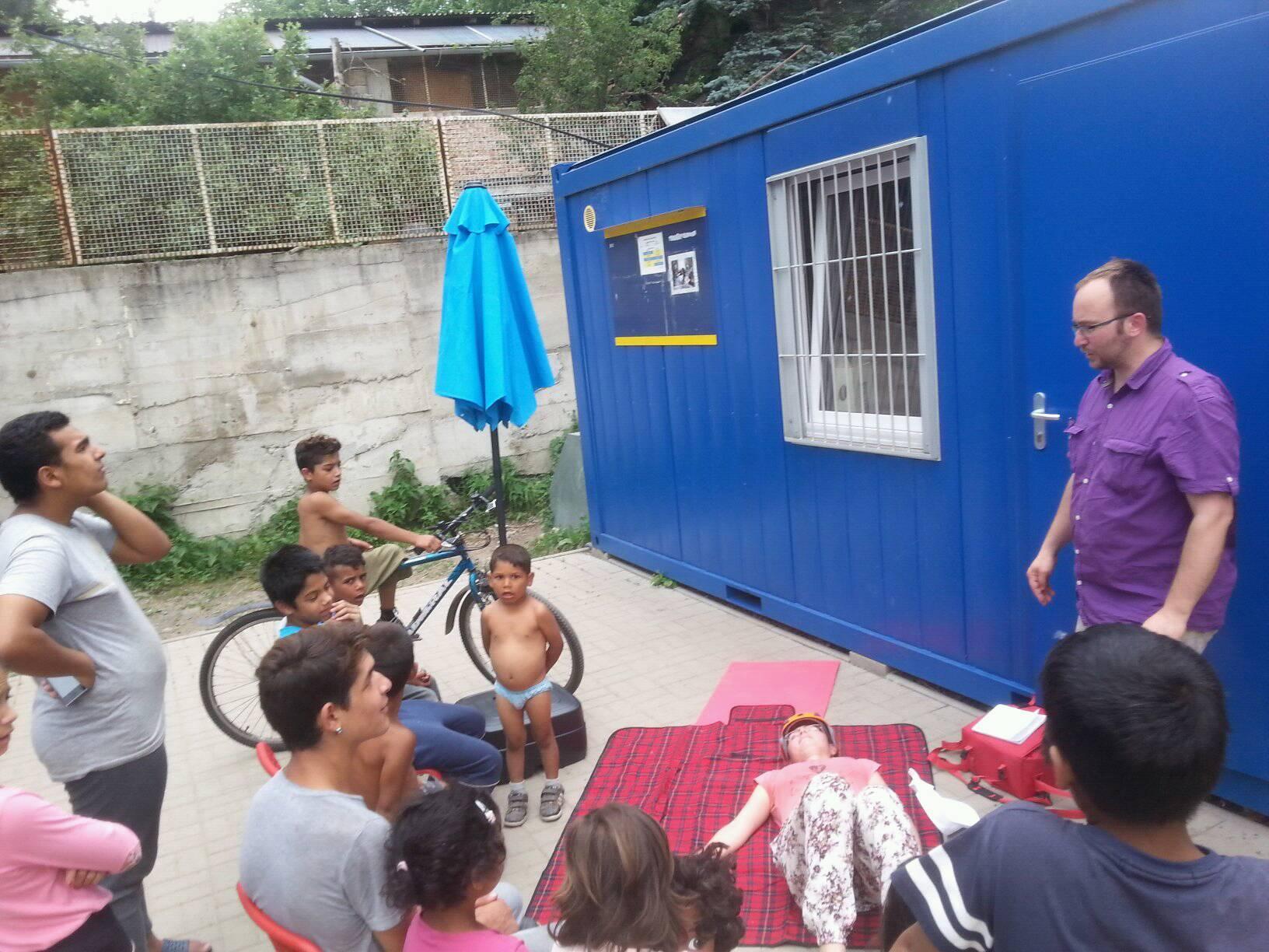 Prvá pomoc v Komunitnom centre v osade Pod Kortínou