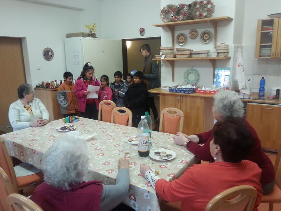 Koledovanie detí z Komunitného centra v DD a DSS Žiar nad Hronom