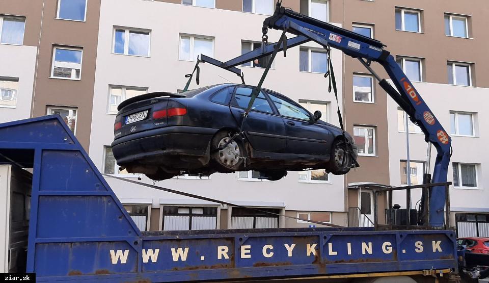 obr: Zjednodušenie odťahovania autovrakov