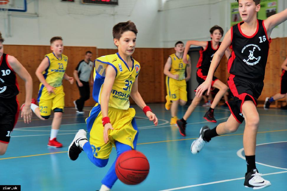 Basketbal: Mladší žiaci si poradili s Liptovským Mikulášom