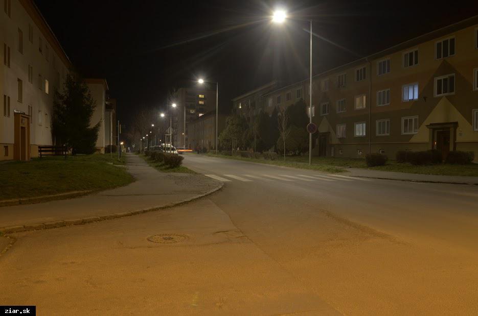 obr: Mesto zmodernizuje verejné osvetlenie, ušetrí tak 10-tisíc eur ročne