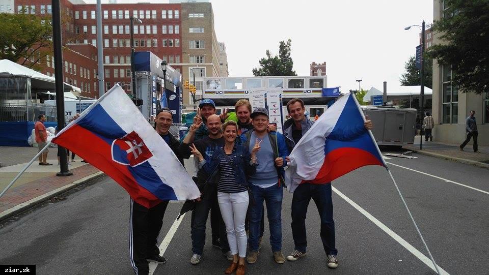 obr: Cyklistom držali palce aj Slováci žijúci v USA