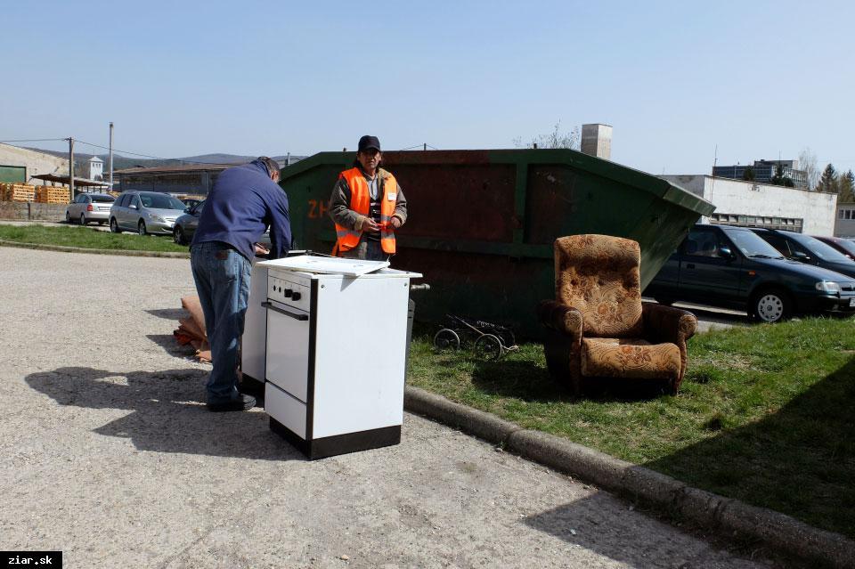 obr: Žiarčania sa počas Dní jarnej čistoty zbavili až 114,21 ton objemného odpadu