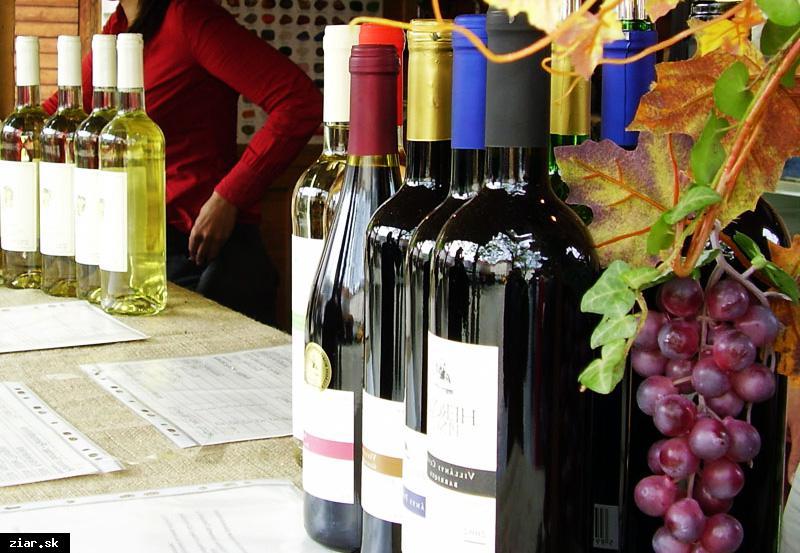 obr: Žiarsky jarmok láka v tomto roku festivalom slovenských vín