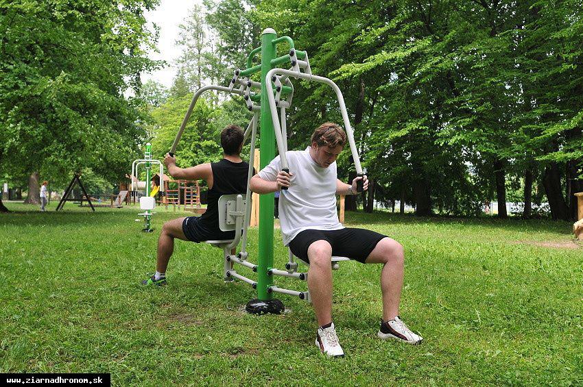 obr: V žiarskom parku vyrastá fitko