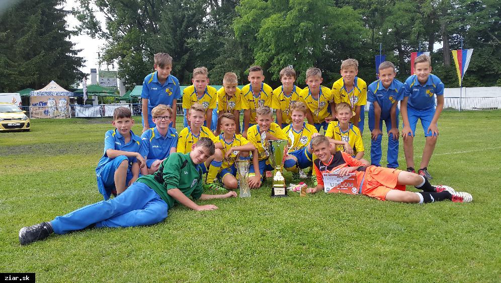 obr: Žiarska U13 víťazom medzinárodného turnaja v Lučenci!