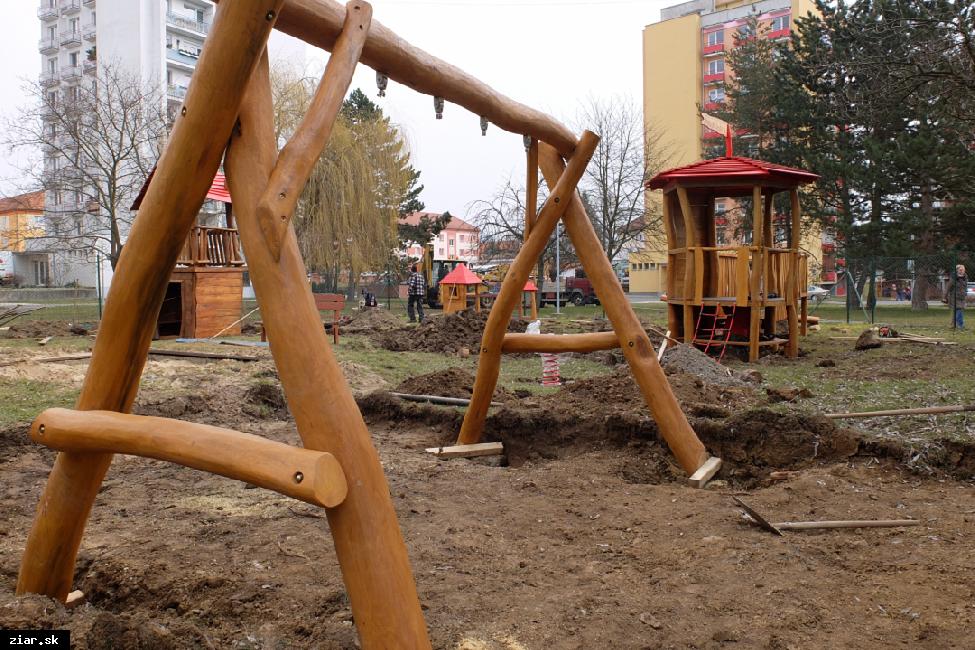 obr: Detské ihrisko Guliver s novými hernými prvkami