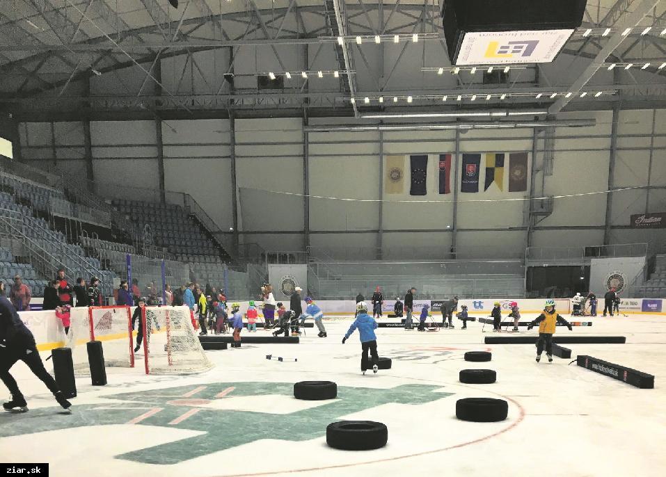 obr: Certifikovaní ambasádori naučia žiarske deti korčuľovať. Kurzy sú zadarmo