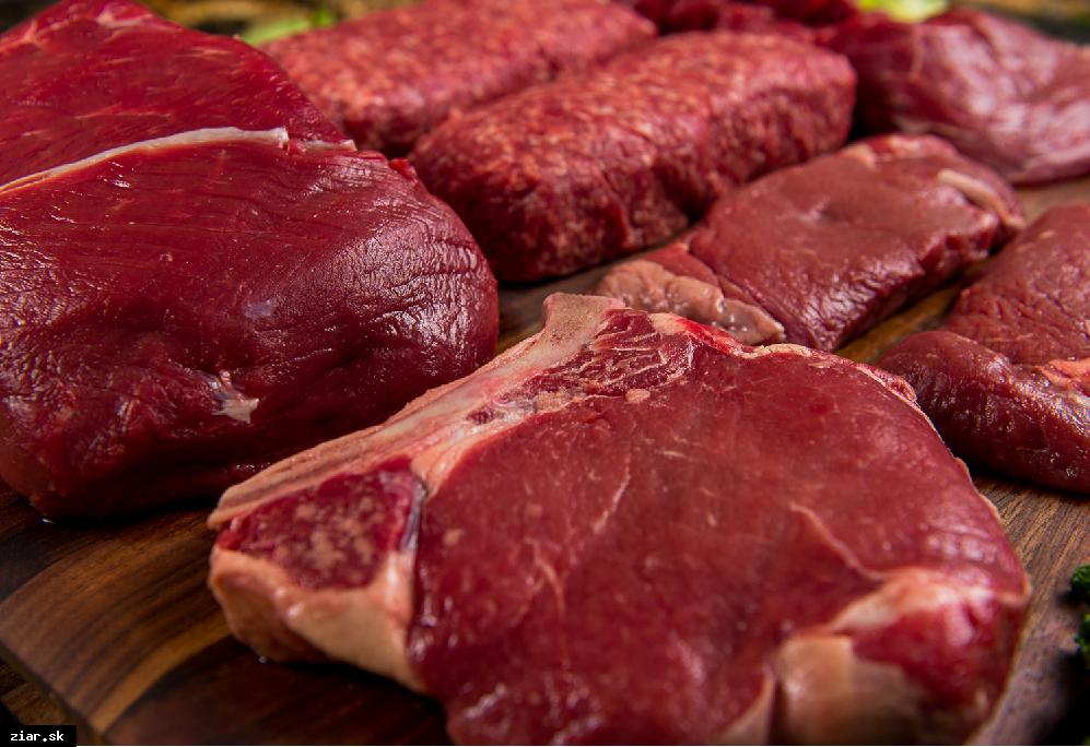 obr: Poľské mäso z chorého dobytka sa v žiarskych školách určite neobjavilo