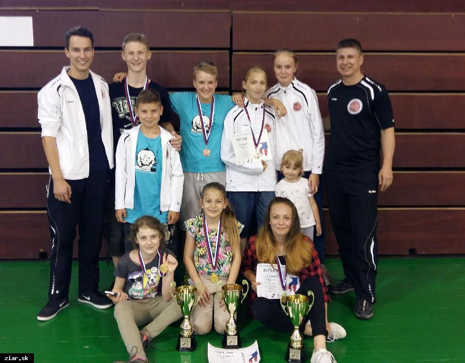 obr: Prvé štýlové Majstrovstvá Slovenska v karate Goju ryu