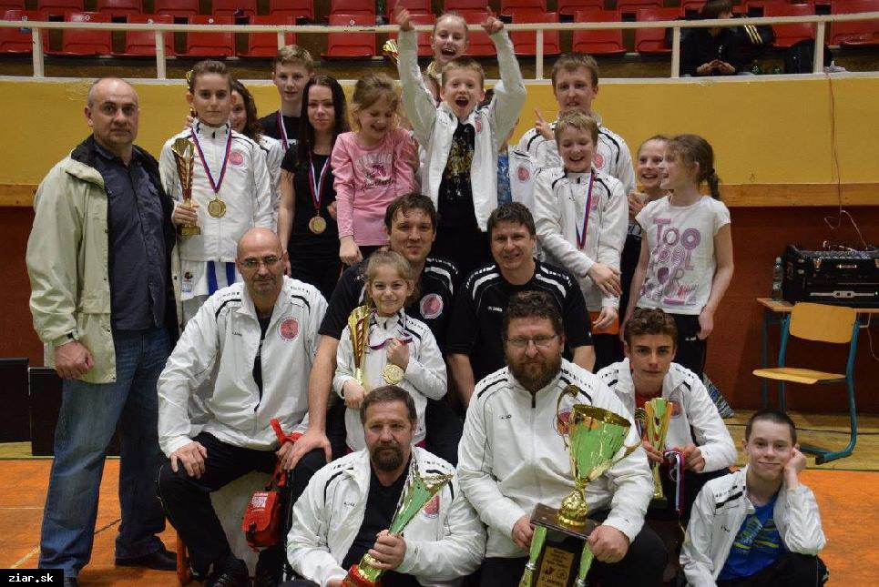 obr: Karate: Obhajoba prvenstva na výbornú