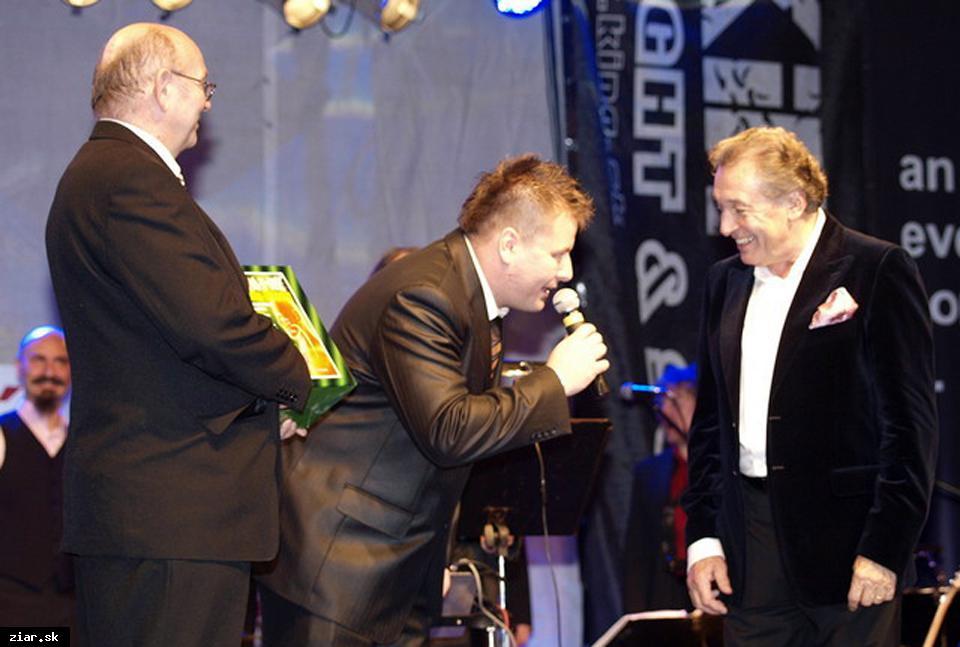 obr: Na spoluprácu s Karlom Gottom spomína aj žiarsky producent Janko Kulich