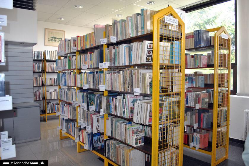 obr: V žiarskej knižnici si knihy môžete vopred rezervovať