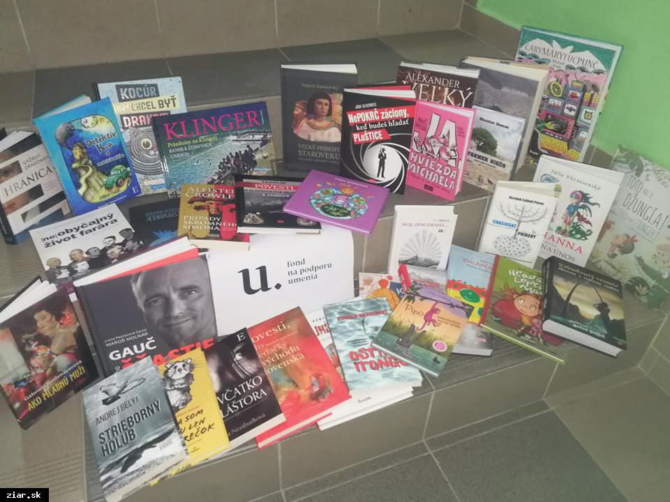 obr: Knižnica za dotáciu nakúpila viac ako 300 nových kníh
