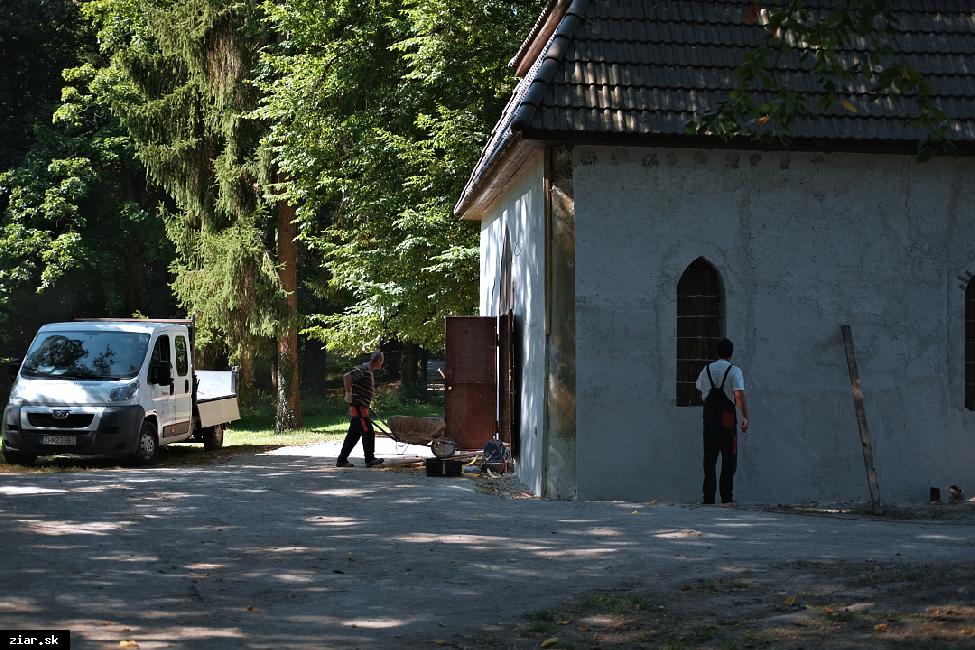 obr: Letný dom v parku už prechádza rekonštrukciou
