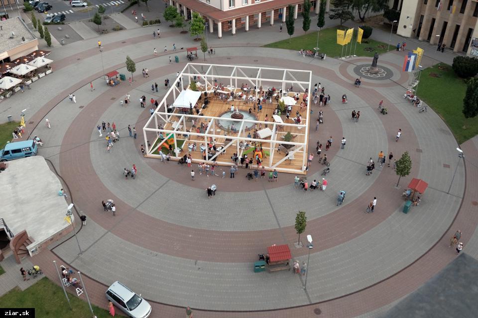 obr: Letný pavilón nominovaný na cenu ARCH 2017