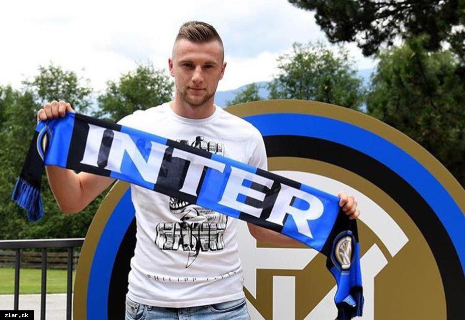 obr  Milan Škriniar sa stal najdrahším Slovákom v histórii slovenského  futbalu. Inter Miláno za 9a83ea70efb