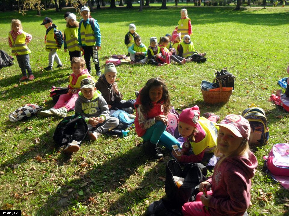 obr: Škôlkari vyrazili do prírody