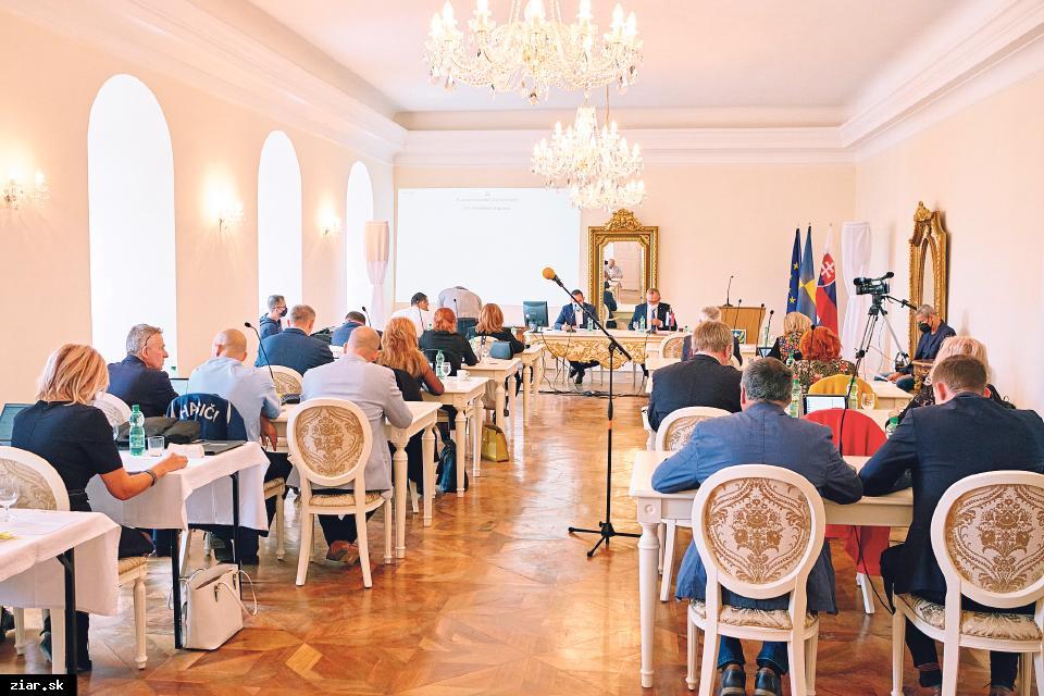 obr: Zo septembrového zasadnutia MsZ