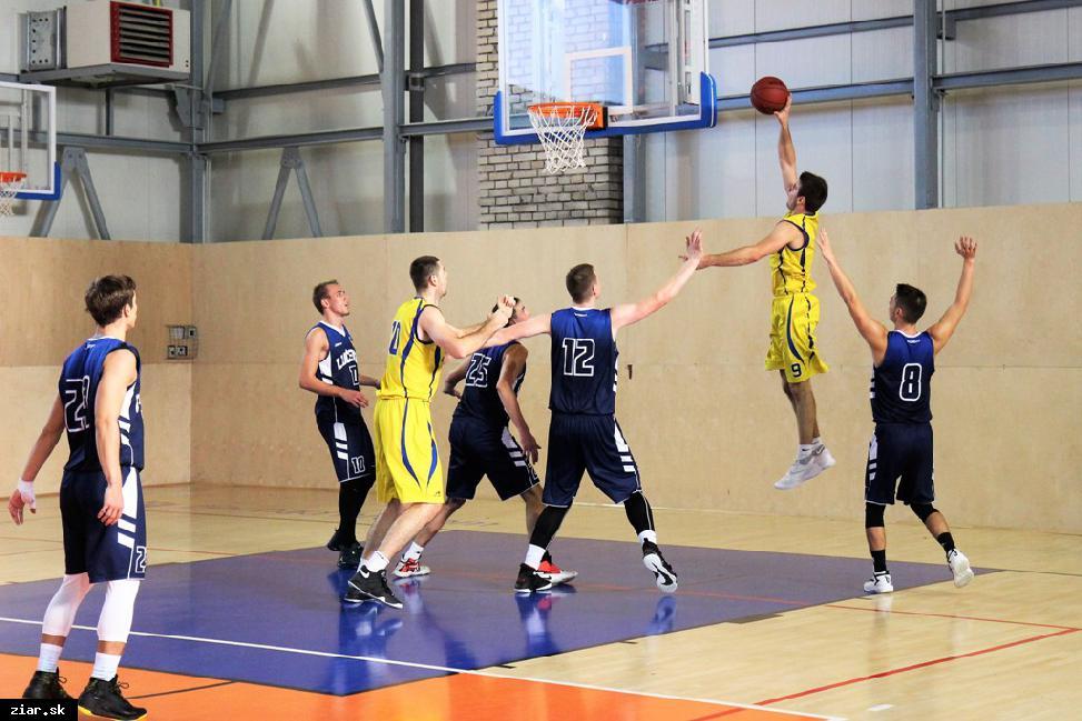 obr: Naši hráči predviedli proti Lučencu basketbal, na ktorý sa dalo dobre pozerať