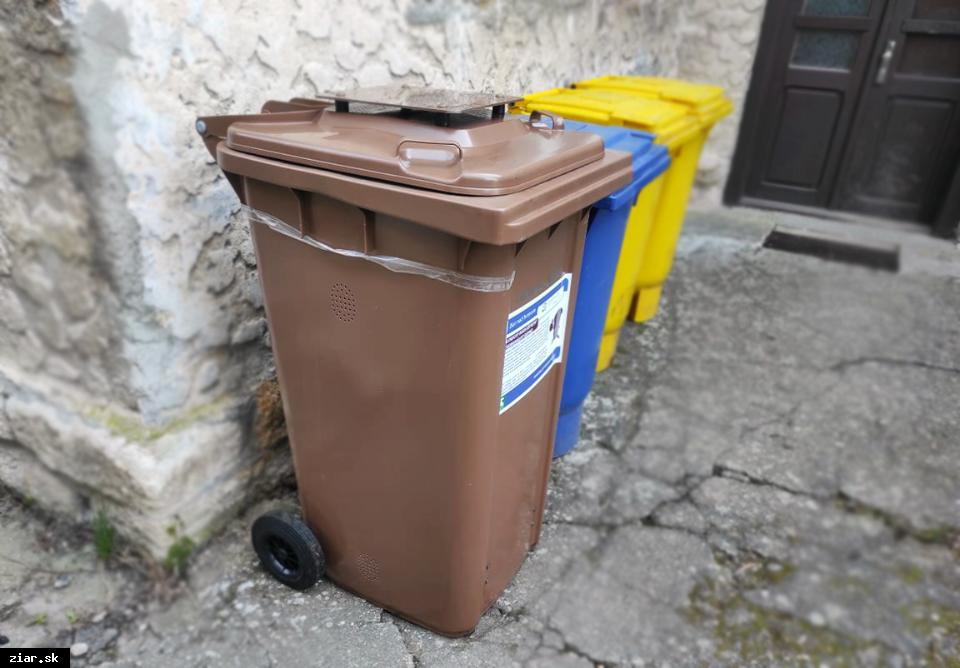 obr: Nemáte ešte zbernú nádobu na biologický rozložiteľný odpad? Vyzdvihnite si ju na zbernom dvore