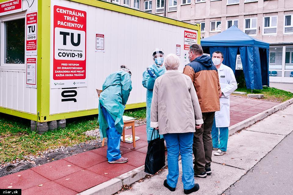 obr: V žiarskej nemocnici je aktuálne hospitalizovaných 28 pacientov s potvrdeným ochorením COVID-19