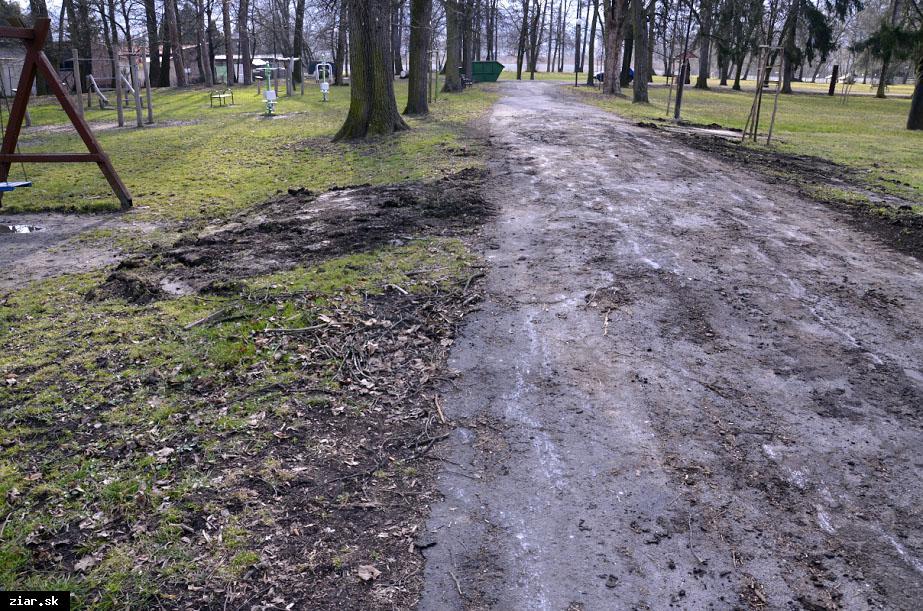 obr: Nová pikniková zóna priamo v parku