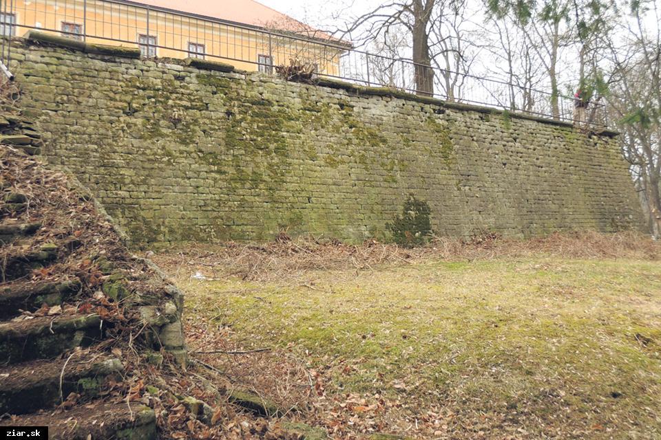 obr: Odkrývame históriu mesta: Kaštieľ v období povstaní