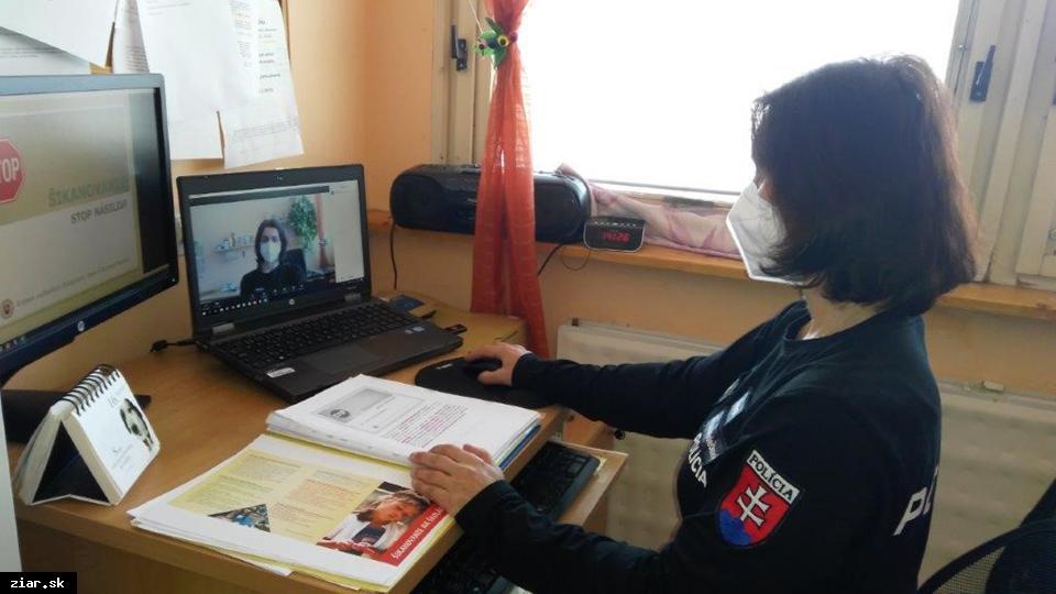 obr: On-line prednášky pre 2. stupeň základných škôl