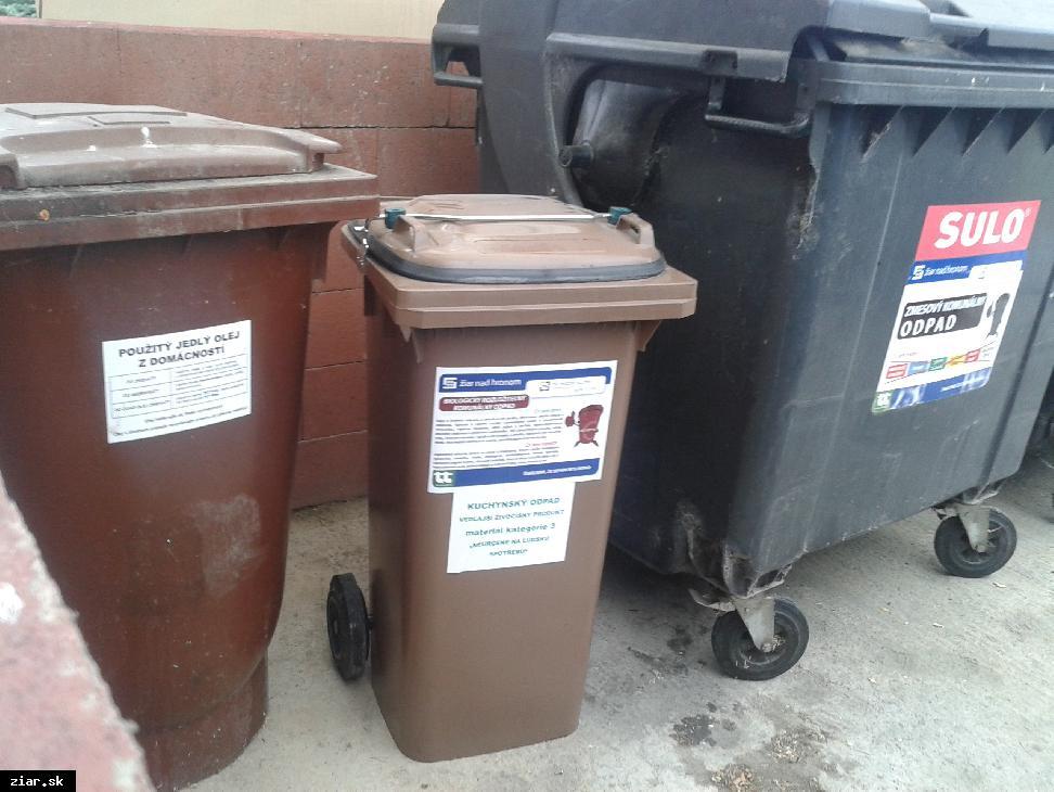 obr: Do zberu kuchynského odpadu z domácností je zatiaľ zapojených desať stojísk