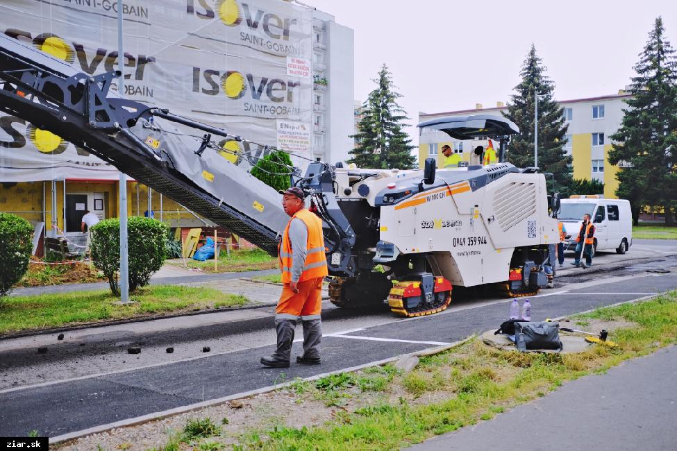 obr: Opravíme cesty v meste za takmer 290 000 eur