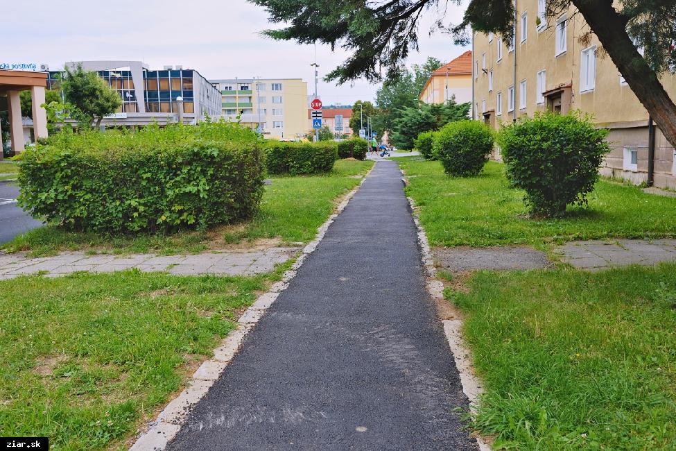 obr: Rekonštrukcia chodníkov dokončená v priebehu augusta