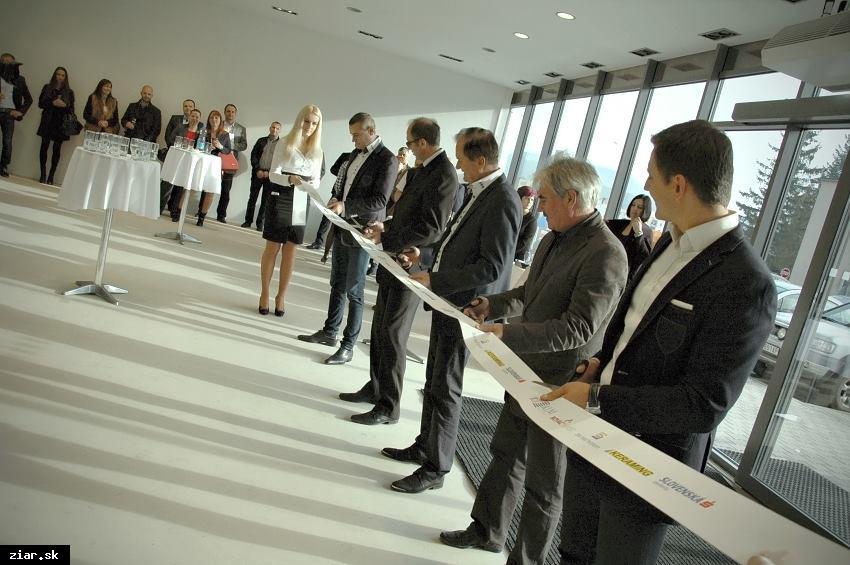 obr: Nové nákupné centrum už otvorili