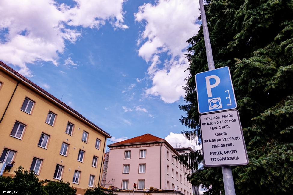 Podnikateľom schválili podmienky pre vybudovanie vyhradených parkovísk