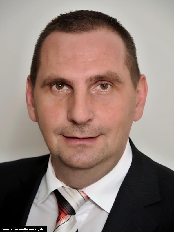 obr: Primátorské voľby jednoznačne vyhral Peter Antal