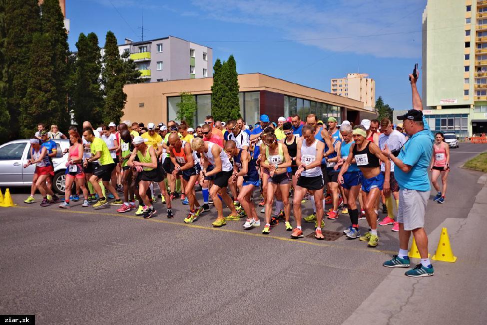 obr: Už 10. ročník Žiarskeho mestského polmaratónu