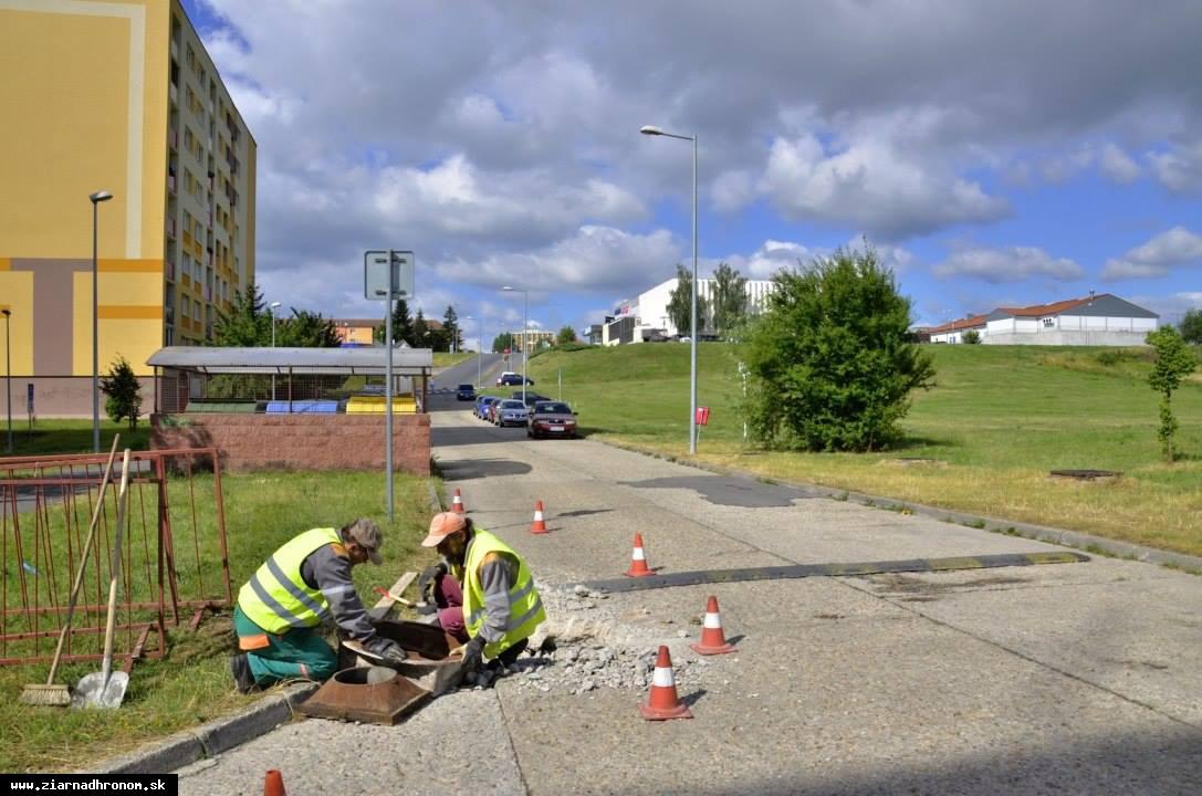 obr: Opravia všetky betónové cesty na Pod vŕškoch