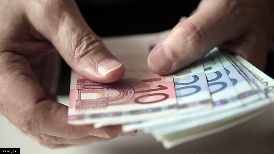 obr: Podvodník oklamal 81-ročnú dôchodkyňu