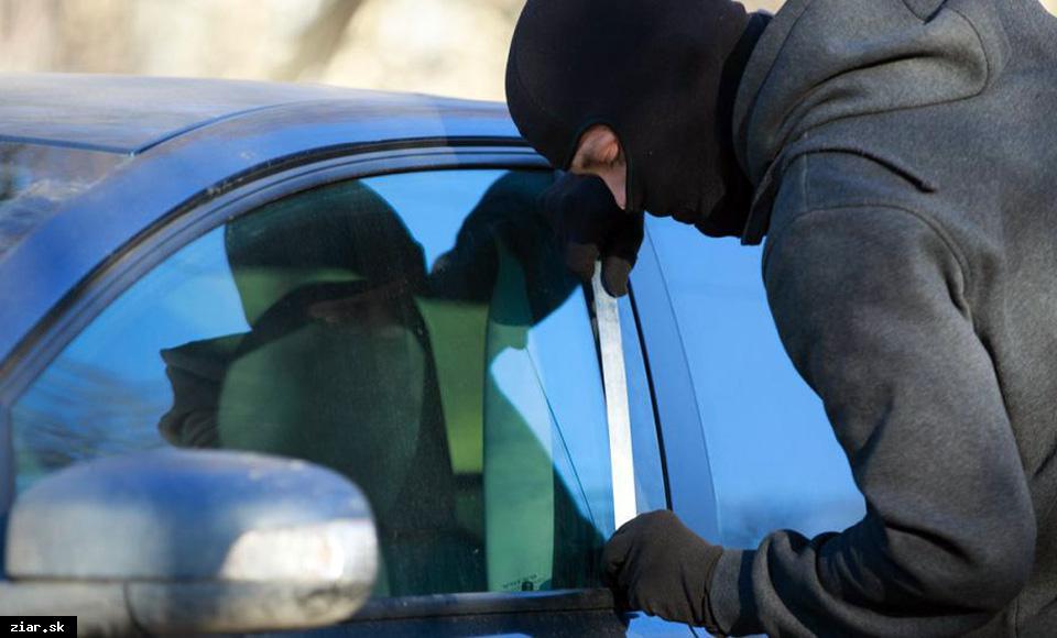 obr: Počas leta si dávajte pozor na zlodejov