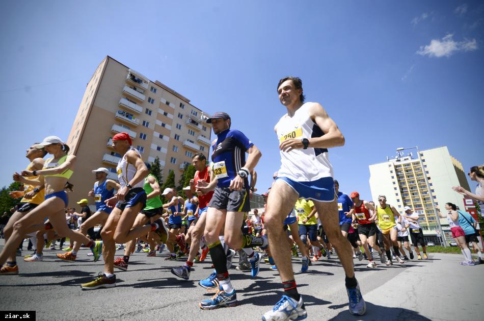 obr: Polmaratónu dominovali ukrajinskí bežci