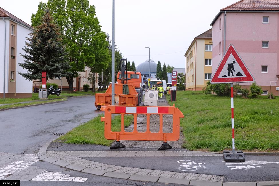 Pri opravách ciest počítajte s dopravnými obmedzeniami