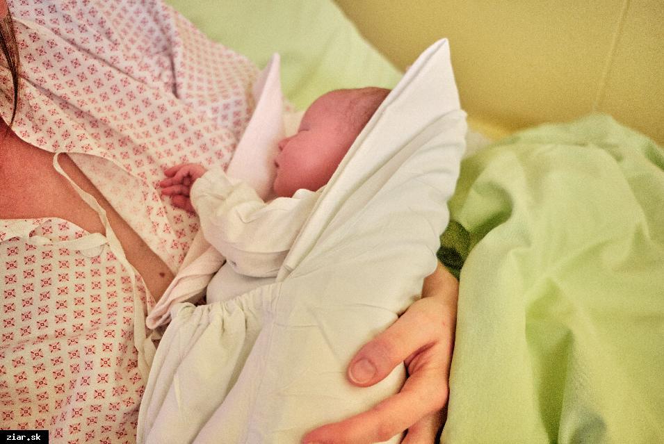 obr: Na prvé bábätko roka si v žiarskej nemocnici počkali 12 hodín