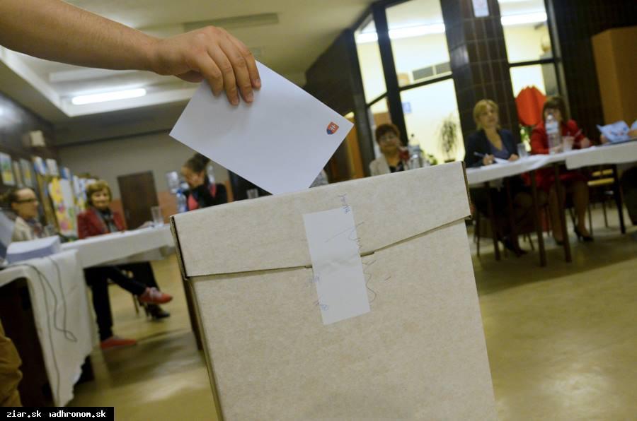 obr: Sobotňajšie referendum v žiarskych číslach