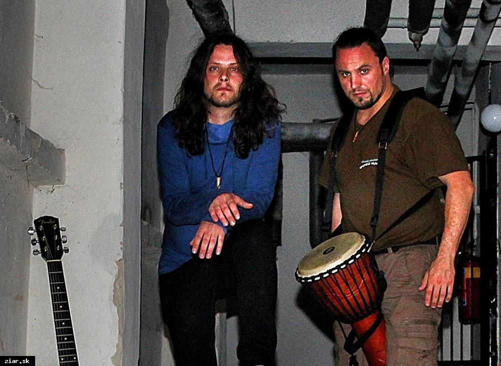 obr: Rockeri Mikla a Víťazka pripravujú netradičný hudobný projekt