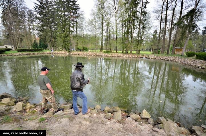 obr: Už túto sobotu začína rybárska sezóna v parku
