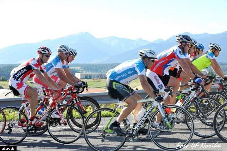 obr: 39. ročník Cykloturistickej nonstop jazdy Trnava – Rysy