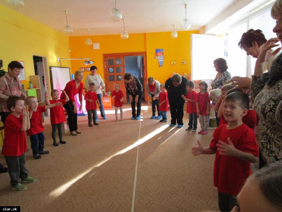 obr: Škôlka vďaka projektu zapája do vzdelávacieho procesu i rodičov