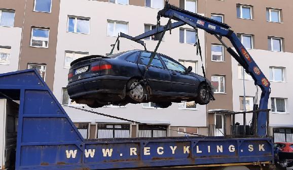 Zjednodušenie odťahovania autovrakov