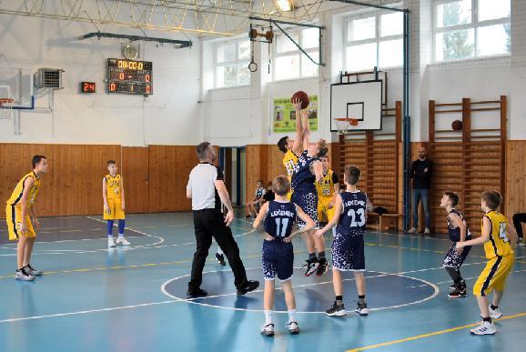 Žiarski basketbalisti aj tento rok zabojujú o majstrovský titul