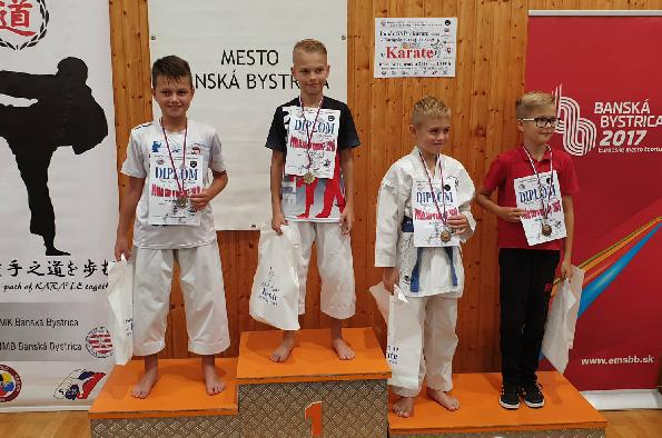 karate-uspesny-zaciatok-sezony-september-2019.jpg